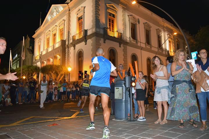 Más de 1.000 deportistas participarán en la carrera nocturna de Plenilunio Santa Cruz
