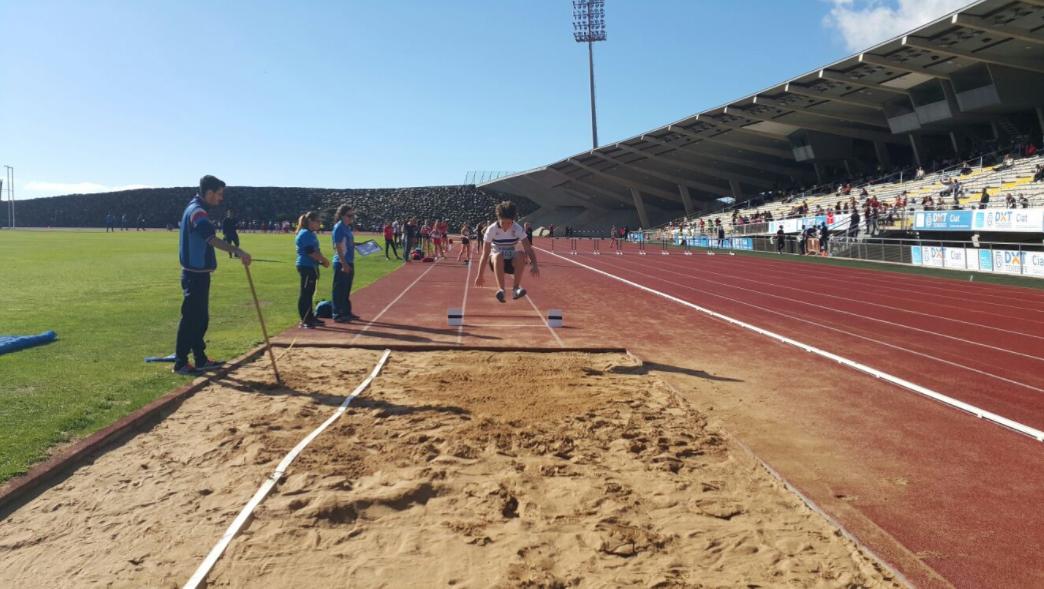 El Centro de Atletismo de Tenerife acoge la segunda jornada de la zona sur de los XXXI Juegos Cabildo